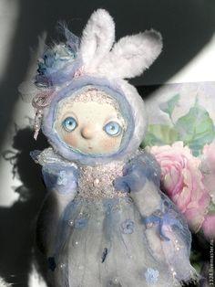 Купить Зайка Белогурочка. - белый, голубой, розовый, нежность, пастельные тона, заяц, серебристый, жемчуг