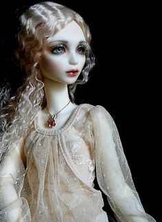 Babette, a BJD by Marti Presents. Photo by wiggies2luv on Flickr.