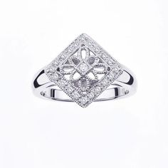 Sterling Silver Vintage Promise Ring with Diamond Accents