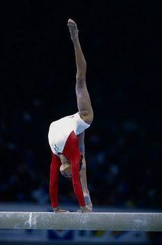 Betty Okino at the 1992 World Championships on balance beam