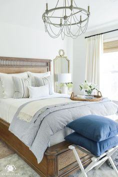 One Room Challenge Blue and White Guest Bedroom Reveal Before and After Makeover- calming guest bedroom decor - Bedroom Design Ideas Guest Bedroom Decor, Guest Bedrooms, Bedroom Ideas, Classic Bedroom Decor, Blue Bedrooms, Guest Room Bedding Ideas, Bedroom Decorating Ideas, White Wall Bedroom, Airy Bedroom