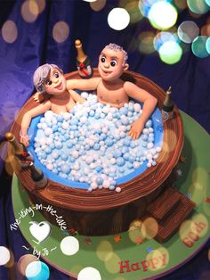 Hot tub cake! Anniversary Cake Designs, Wedding Anniversary Cakes, Pool Party Cakes, Pool Cake, Spa Cake, Funny Wedding Cakes, Foundant, Retirement Cakes, Beach Cakes