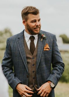 Groom In Blue Checked Suit With Brown Tweed Waistcoat // Image By Virginia Photography anzug Family Home Wedding In The Cotswolds With Vintage Porsche Tractor Bride Tweed Waistcoat, Tweed Suits, Brown Tweed Suit, Mens Tweed Suit, Suit Men, Wool Suit, Mens Suits Style, Tartan Suit, Wedding Men
