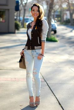 Trendy Outfit Combinations With Distressed Jeans Lovely hair. Winter Fashion Outfits, Look Fashion, Trendy Outfits, Autumn Fashion, Womens Fashion, Hapa Time, Jessica Ricks, Sexy Jeans, Ripped Jeans