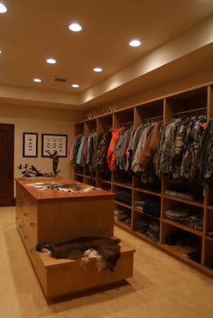A hunting room... we need one baddd!