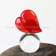 Handmade Murano Glass Wedding Favors & Gift Ideas for Special Events Handmade Wedding Favours, Wedding Favors, Love Is Everything, Saint Valentine, Love Cards, Corporate Gifts, Paper Weights, Murano Glass, Special Gifts