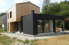 Construction d'une maison à Vallet. Architecte : atelier 14 (CLISSON) Box House Design, Box Houses, Loire, Exterior Design, Home Projects, Extensions, Shed, Outdoor Structures, Building