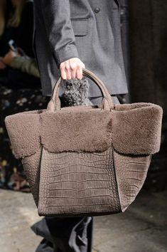 1f9566e374f4 Max Mara Fashion Handbags, Purses And Handbags, Fashion Bags, Fashion 2017,  Milan
