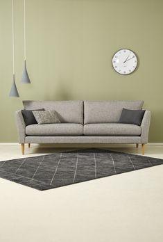 Kaunis Kaarna-sohva. | Beautiful Kaarna sofa. #sohva #kotimainen #suomalaistakäsityötä #finnishdesign #interiordesign #handmadefurniture #sisustus #sisustusinspiraatio #sisustussuunnittelu #olohuone Outdoor Sofa, Outdoor Furniture, Outdoor Decor, Couch, Beautiful, Home Decor, Settee, Decoration Home, Sofa