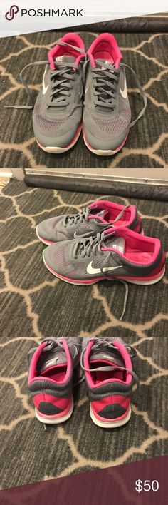 on sale bdada 61e4c Womans Nike sneaker size 9 Worn only a few times gel insoles super  comfortable nike Shoes Sneakers