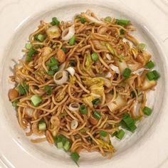 olles *Himmelsglitzerdings*: Asia Nudelsalat mit Chinakohl und Erdnüssen