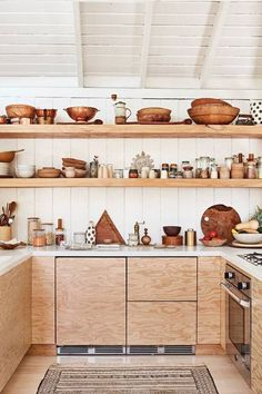 In this California home spotted on Domino, plywood cabinets pair beautifully with open shelving. In this California home spotted on Domino, plywood cabinets pair beautifully with open shelving. Plywood Kitchen, Wooden Kitchen, Kitchen Shelves, Diy Kitchen, Kitchen Dining, Kitchen Decor, Kitchen Ideas, Design Kitchen, Open Cabinets In Kitchen
