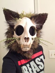 Squeeterbee — Nameless' face is finally complete Fursuit Tutorial, Character Inspiration, Character Design, Fursuit Head, Dog Mask, Head Mask, Skull Mask, Arte Horror, Costumes