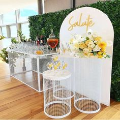 Diy Party Backdrop Stand, Diy Backdrop, Wall Backdrops, Decoration Evenementielle, Birthday Party Decorations, Wedding Decorations, Table Decorations, Winter Table, Backdrops For Parties