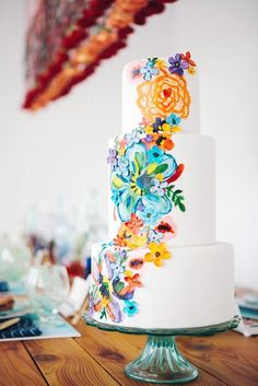 42 Exciting & Colourful Mexican Wedding Cake Ideas ♥ Mexican wedding cake could be very funny and creative. There are four rules for such kind of cake creation. See our gallery and look for the bonus! #wedding #bride #weddingcake #weddingforward