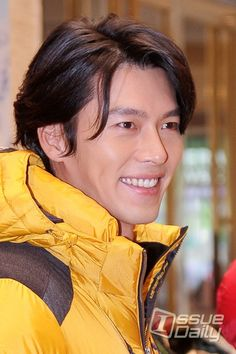 His smile is ♡ Hyun Bin, Asian Actors, Korean Actors, Choi Jin Hyuk, Ha Ji Won, Seo Kang Joon, Jung Yong Hwa, Kdrama Actors, Handsome Actors