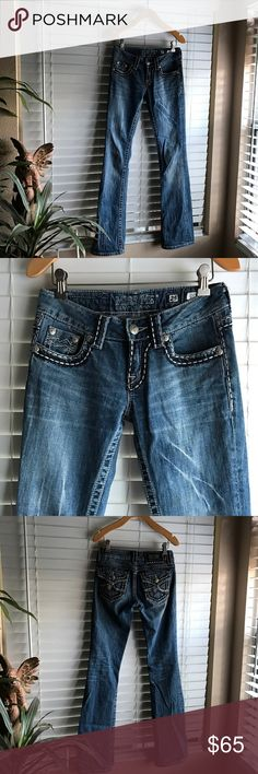 Miss me jeans New without tags. Size 25. Irene style Miss Me Jeans Boot Cut