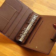 Planner CO Binder ] : Detail - Smartpen ver. Leather Book Covers, Leather Books, Leather Makeup Bag, Leather Wallet, Leather Diary, Leather Notebook, Leather Journal, Planners For Men, Men Clutch Bag