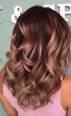"27 Rose Gold Hair Color Ideas That Make You Say ""Wow!"", Rose Gold Hair Color… 27 Rose Gold Hair Color Ideas That Make You Say ""Wow!"", Rose Gold Hair Color Gold Pink Hair Colors Fashion for certain colors and shades… Continue Reading → Gold Hair Colors, Hair Color Pink, Pink Hair, Color For Brown Hair, Hair Color And Cut, Hair Colours, Summer Hair Color For Brunettes, Gorgeous Hair Color, Brown Hair Balayage"