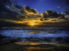 Photograph Sunset over the pacific ocean by David D on 500px