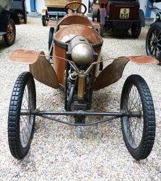 Bedelia - Vintage car at the National Technical Museum of Prague, Czech… Front Grill, Vintage Cars, Motorcycle, Vehicles, Prague Czech, Grills, Czech Republic, Trucks, France