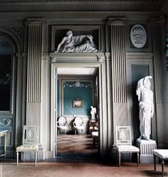 the style saloniste: Neoclassicism in the North