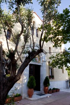 Ayios Filippos, Vlassarous, Athens