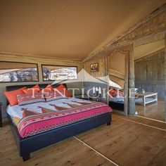Comfortably and luxuriously experience nature with the Tentickle Luxury Explorers. Luxury Tents, Creature Comforts, Safari, Explore, Bed, Nature, Furniture, Home Decor, Naturaleza