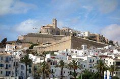 Ibiza Stadt mit Burg hat folgende Stichwörter: Ibiza Stadt.