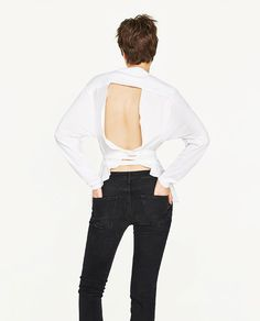 LOW BACK PRINTED T-SHIRT - Available in more colours