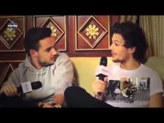 One Direction - Radio Kiss Kiss Interview [Italy] [December 18, 2013]
