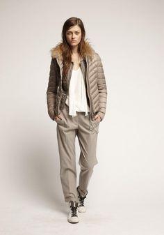 9c8a97d0e3bea8 Die 90 besten Bilder von Woman Fashion