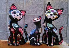 Dia de los Muertos Hand Carved wooden Cat von eastbaycalifornia