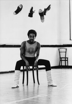 Gregory Hines & his legwarmers! An AMAZING man w/ incredible talent who died too young. One of my tap heroes! <3