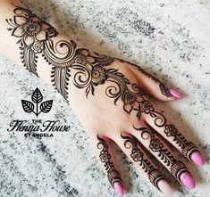 Cute Henna Designs, Henna Flower Designs, Indian Henna Designs, Modern Mehndi Designs, Mehndi Design Pictures, Mehndi Designs For Girls, Mehndi Designs For Fingers, Beautiful Mehndi Design, Henna Tattoo Designs