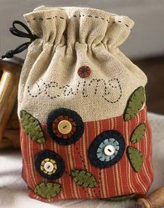 Penny Rug Sewing Bag