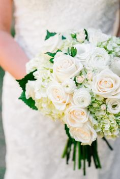Beautiful bridal bouquet by Hothouse Design Studio - Alabama Wedding Planner, Becky's Brides - Real Wedding - Kelly and Joe - Photo: Mary Margaret Smith