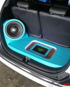 Instagram Analytics Custom Car Audio, Custom Cars, Car Speaker Box, Honda Stream, Car Audio Installation, Car Console, Custom Car Interior, Car Audio Systems, Car Sounds