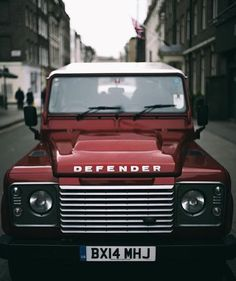 walletsandwhiskey: Follow @thewoodcrate @lifeof_riley http://walletsandwhiskey.com #defender #defender90 #landrover #landroverdefender #rustic #simplelife #overland