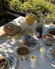 Summer Aesthetic, Aesthetic Food, Aesthetic Photo, Italian Summer, Aesthetic Pictures, Palm Beach, A Table, Nom Nom, Summertime