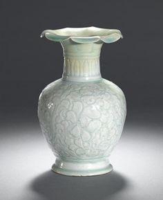 Qingbai baluster vase. Northern Song Dynasty, 11th-12th century