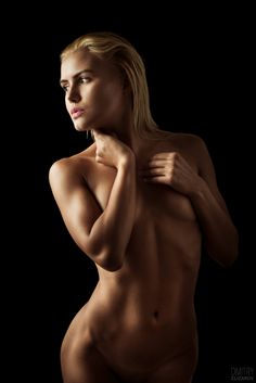 posing Color images of nude women