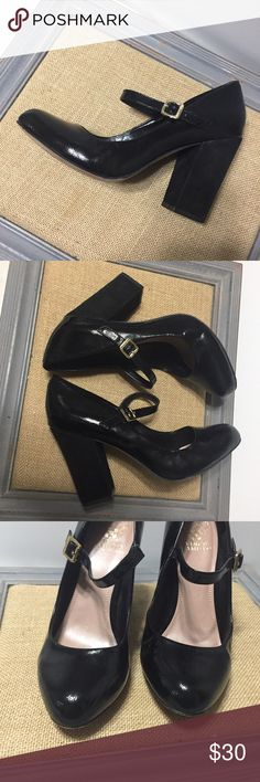"""Vince Camuto Patent Leather Block Pump MaryJane Adorable Vince Camuto Patent leather Block heel Mary Jane   Womens size 9.5 M ( MSRP $250.00) Beautiful crushed Patent leather  Elastic at the Buckle for stretch !!  Total comfortable instep with flexible sole !!  -these are in very good preowned condition 4"""" heel - smoke free home 🏡🌾 Vince Camuto Shoes Heels"""
