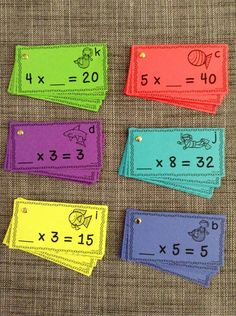 This bubble pop is a bundle of six different task card and bingo dabber answer sheet sets. Each focuses on a range of multiplication factors up to 10 for products up to 100. There are 15 task cards in each underwater-themed set and 90 in all! $