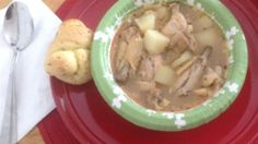 This traditional Bahamian dish is served with a side of grits and bread or Johnny cake. Add lime and hot pepper to spice it up to your individual taste. It's delicious and surprisingly simple! Bahamian Chicken Souse Recipe, Bahamian Food, Good Roasts, Caribbean Recipes, Caribbean Food, Dinner Is Served, Marinated Chicken, Fish Dishes, Main Dishes
