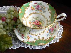 .Beautiful Vintage teacup!!!
