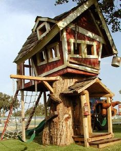 Baumhausdesigner Source by Pallet Playhouse, Backyard Playhouse, Backyard Sheds, Backyard For Kids, Crooked House, Woodland House, Cool Tree Houses, Tree House Designs, House In The Woods