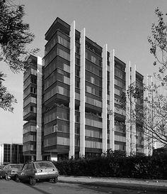 Vikelas Achitects (@vikelas_architects) • Φωτογραφίες και βίντεο στο Instagram Modernism, Multi Story Building, Europe, Urban, Architecture, City, Instagram, Arquitetura, Modern Architecture