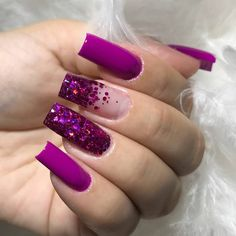 How to easily remove a glitter nail polish - My Nails Cute Nails, Pretty Nails, My Nails, Cute Acrylic Nail Designs, Best Acrylic Nails, Perfect Nails, Gorgeous Nails, Nail Designer, Purple Nails