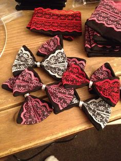 I turned these as i sewn as I was too excited to see them :) Making my hair bows for dreambows.. I love handmade, girls bows, handmade uk, uk hair bows
